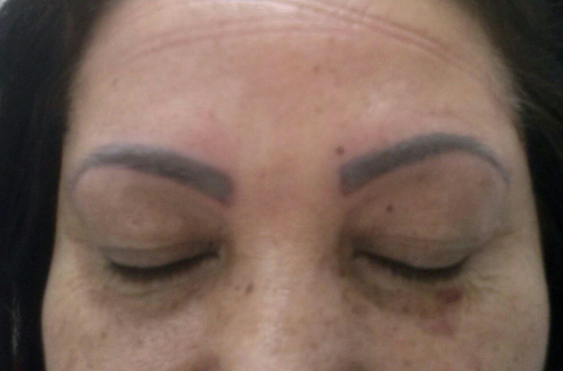 cabeleireiro(a) depilador(a) micropigmentador(a) designer de sobrancelhas esteticista maquiador(a) massagista auxiliar cabeleireiro(a) auxiliar cabeleireiro(a)