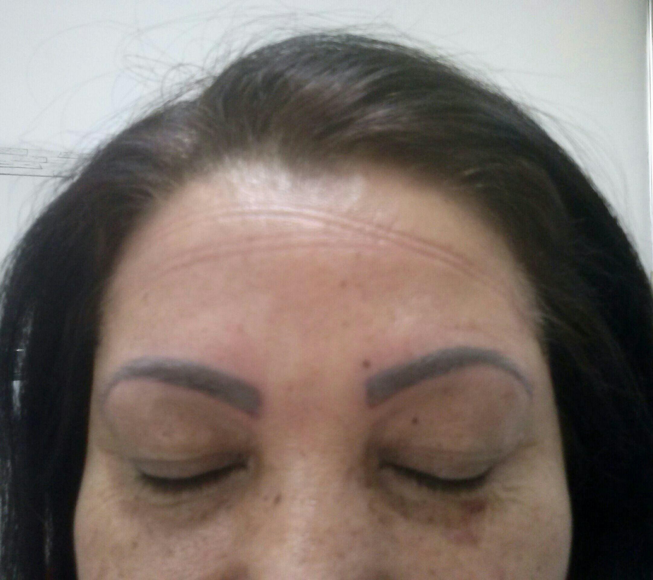 Maquiagem definitiva estética cabeleireiro(a) depilador(a) micropigmentador(a) designer de sobrancelhas esteticista maquiador(a) massagista auxiliar cabeleireiro(a) auxiliar cabeleireiro(a)