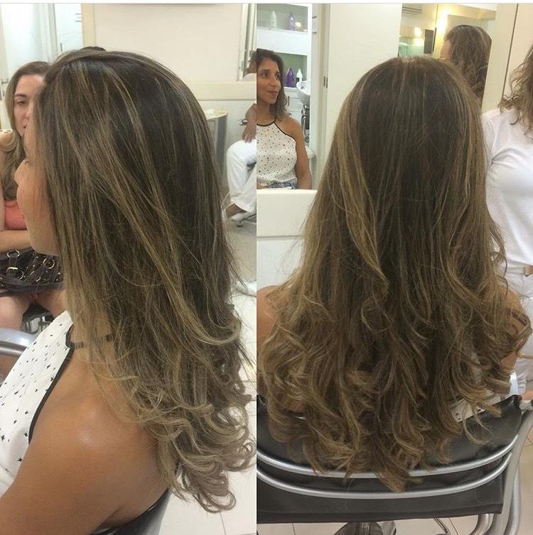A diva Elaine amou 🙀🙀🙀🙀! #hairstyle #hairdresser #dicasdabelinha #belinhaquefez #belinhahairstyle #belinhahairstylist #cachos #movimentoaoscabelos #hairbrown #euquefiz #vidaaoscabelos #divando #secuide #seame cabelo cabeleireiro(a) auxiliar cabeleireiro(a)