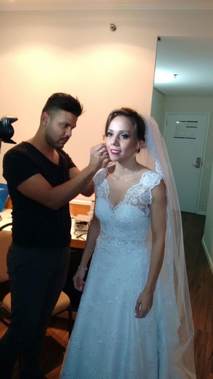 Noiva estética maquiador(a) consultor(a) designer de sobrancelhas
