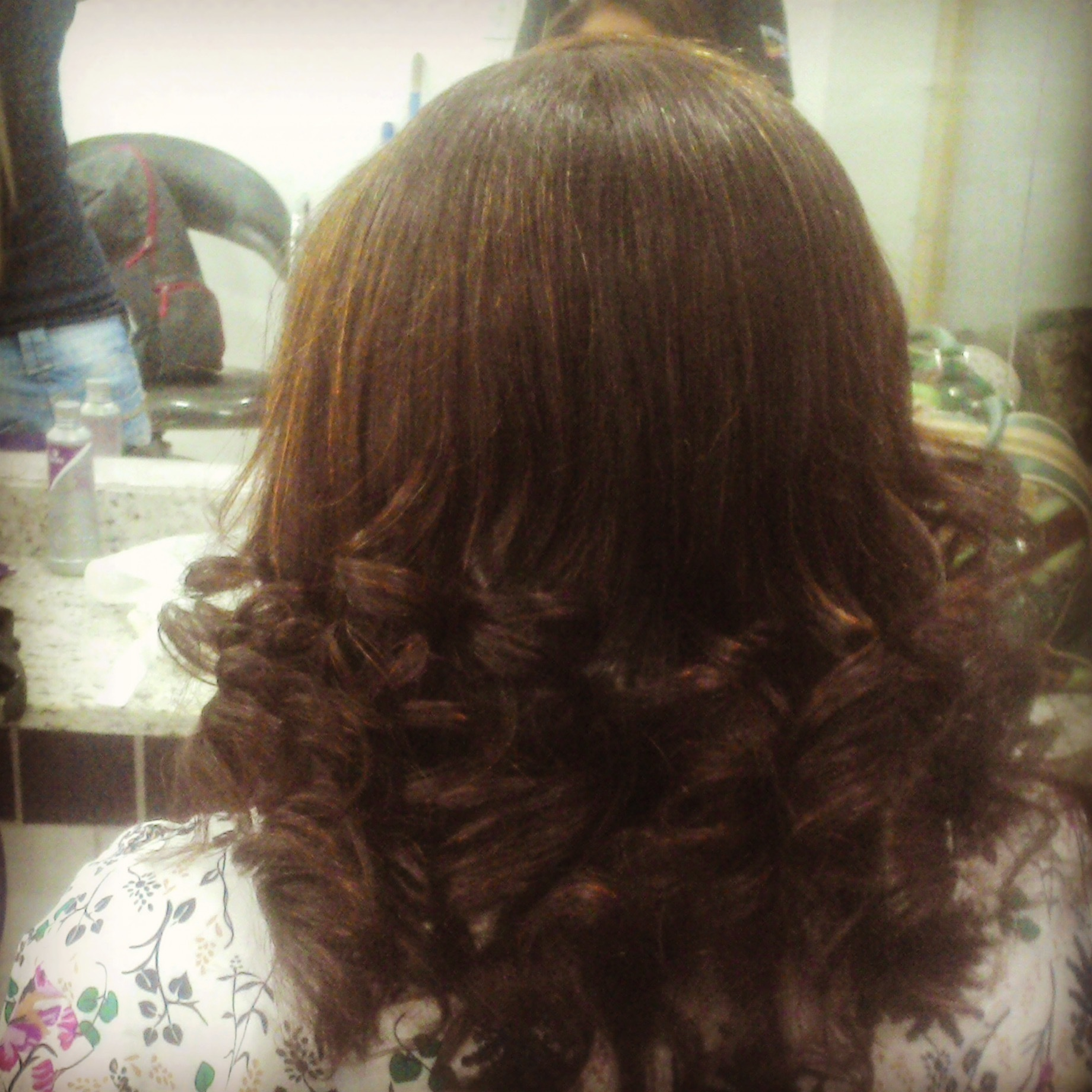 Corte hidratação e escova  cabelo auxiliar cabeleireiro(a) cabeleireiro(a)