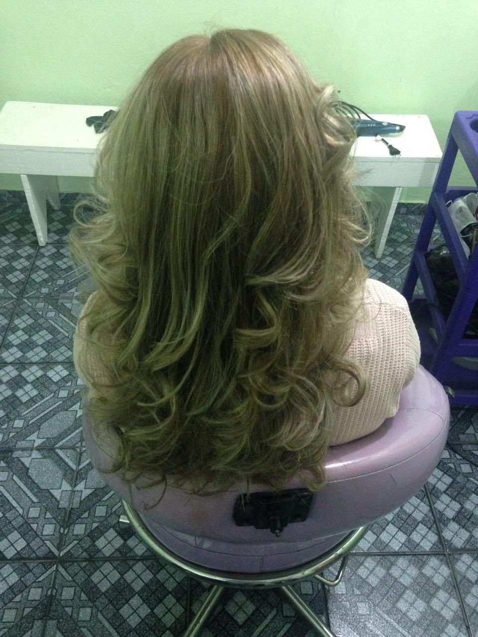 Luzes reconstrução e escova cabelo auxiliar cabeleireiro(a) cabeleireiro(a)