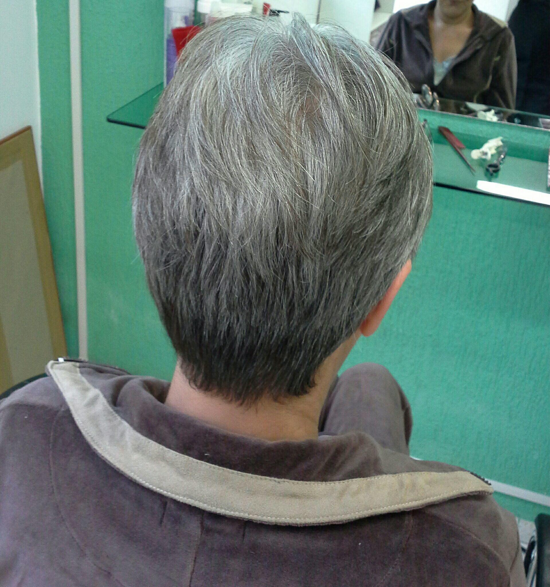 Corte curto cabelo stylist / visagista cabeleireiro(a)
