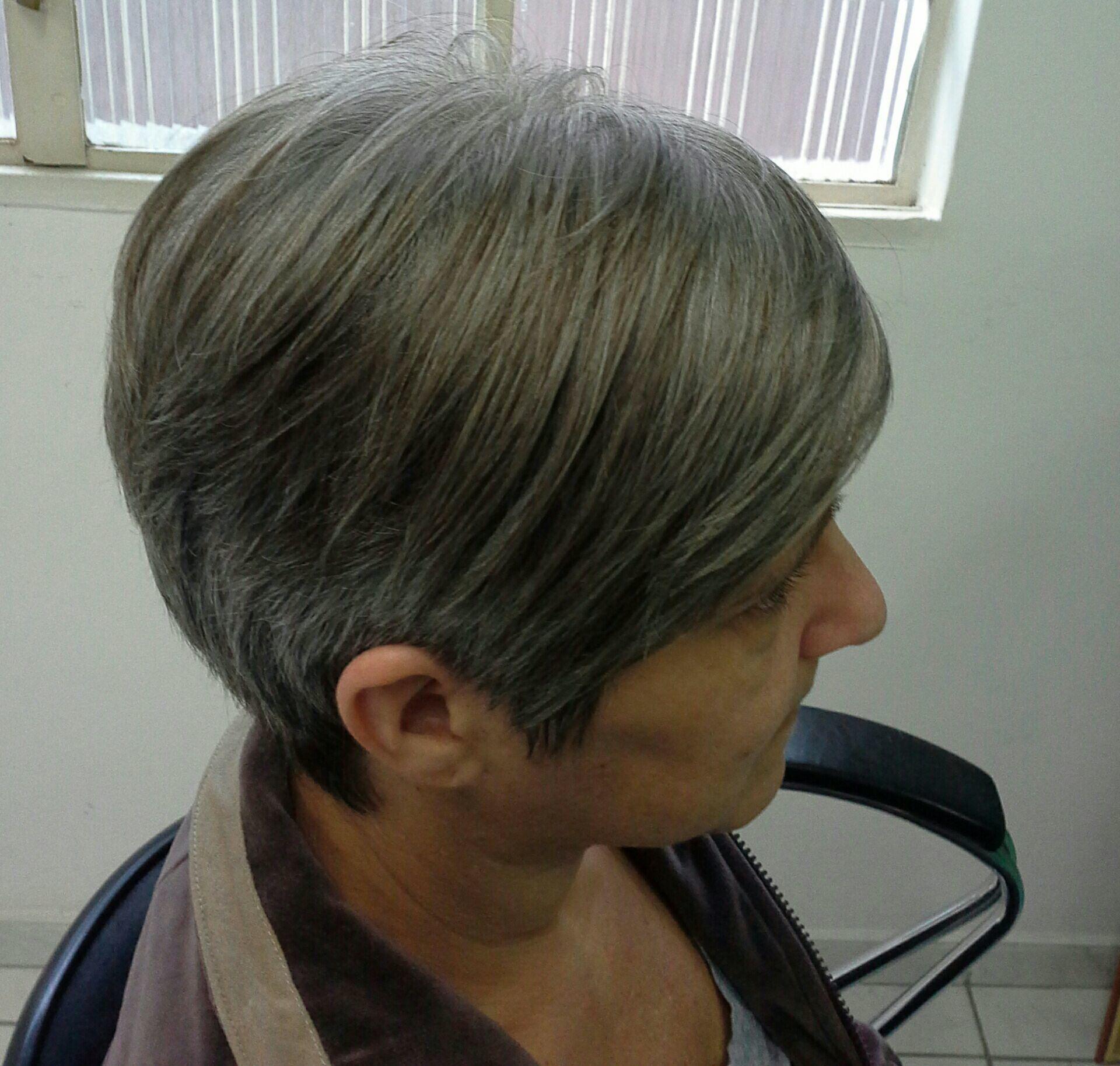 Técnica  corte curto navalha. cabelo stylist / visagista cabeleireiro(a)