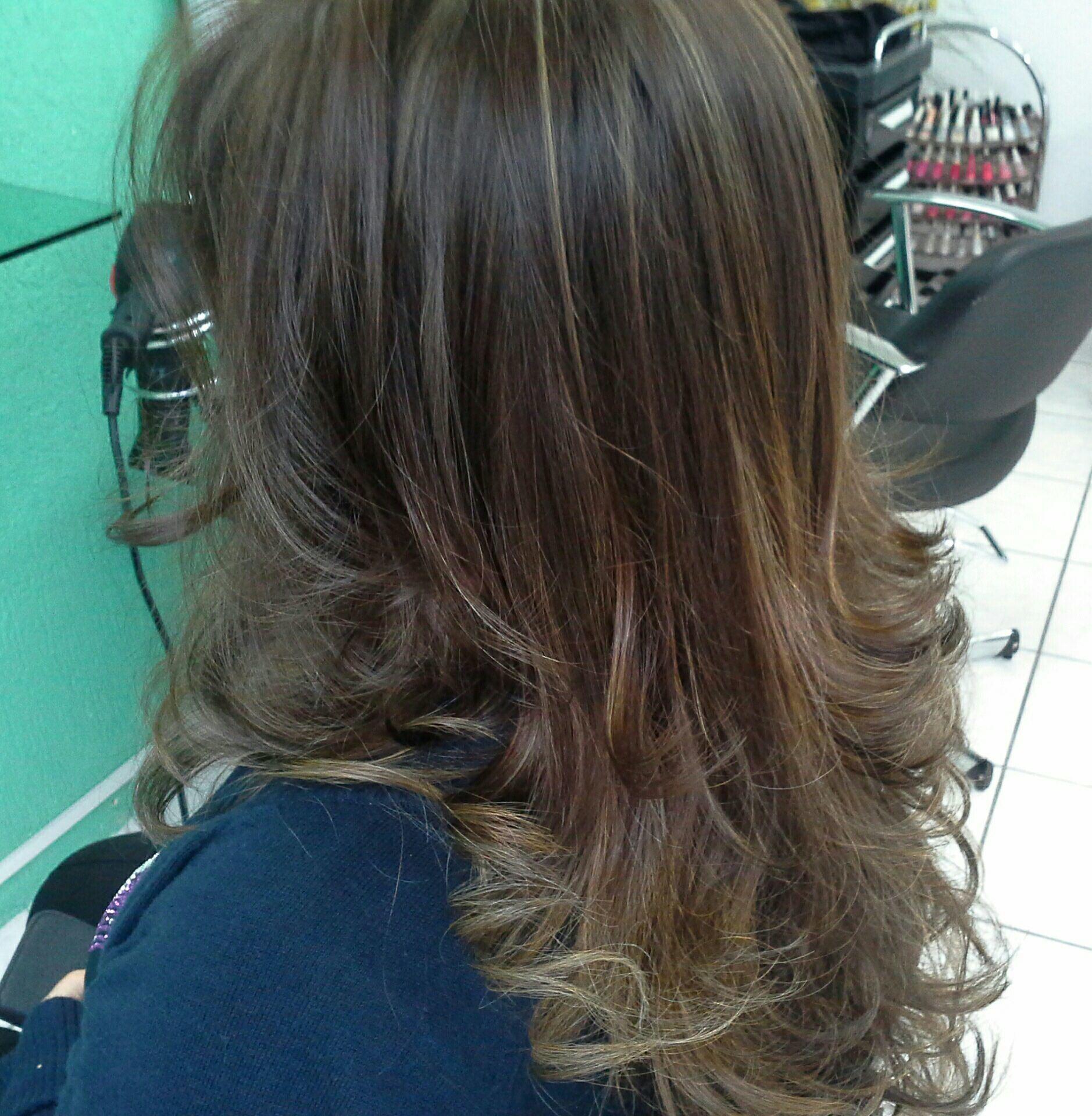 Ombre hair  e corte  degradê simétrico cabelo stylist / visagista cabeleireiro(a)
