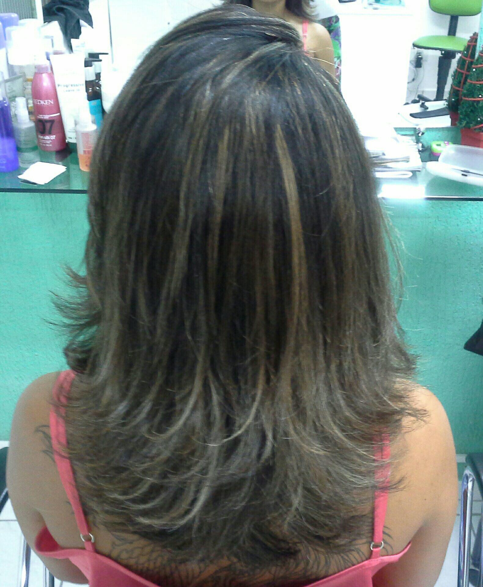 Relaxamento  corte e ombre hair cor mel cabelo stylist / visagista cabeleireiro(a)