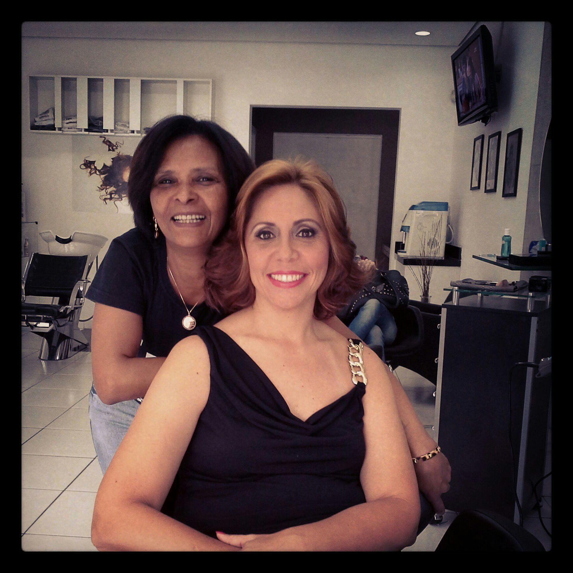 Escova  e maquiagem Veravisagista  , cabelereira cabelo stylist / visagista cabeleireiro(a)
