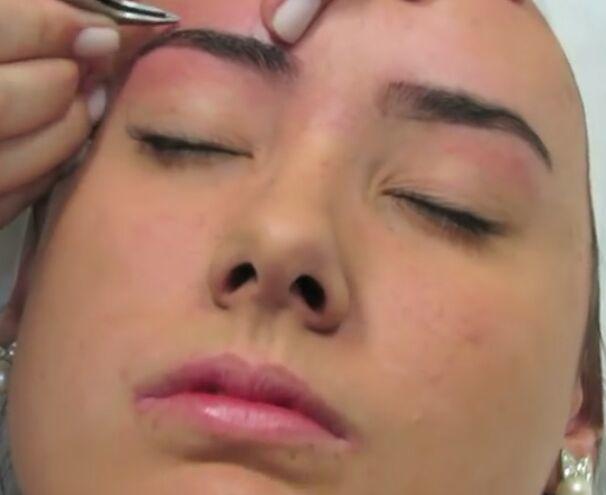 estética cabeleireiro(a) cabeleireiro(a) massoterapeuta barbeiro(a) massoterapeuta designer de sobrancelhas dermopigmentador(a) depilador(a) manicure e pedicure podólogo(a) manicure e pedicure podólogo(a) maquiador(a) esteticista