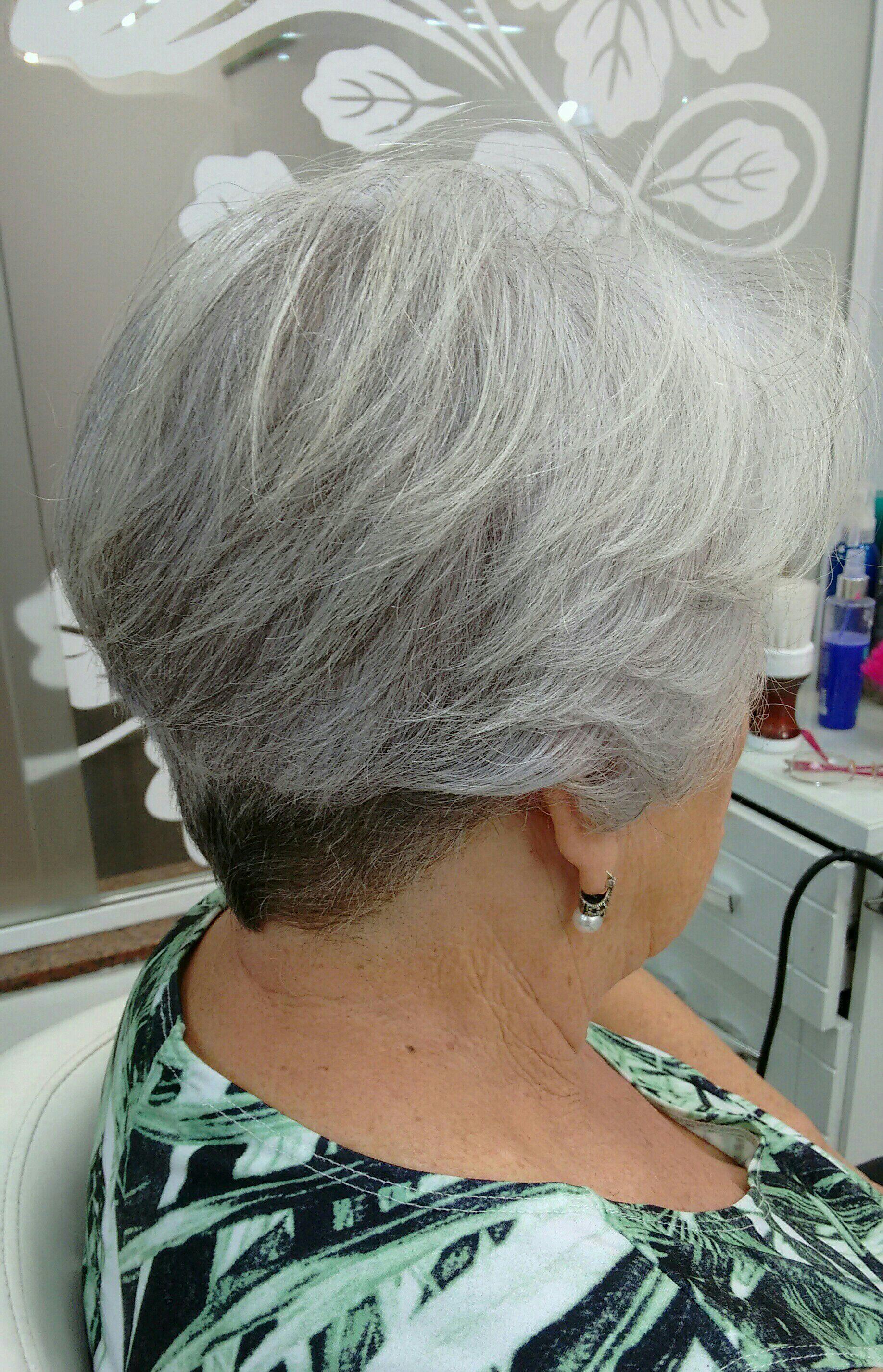 Corte curto cabelo cabeleireiro(a)