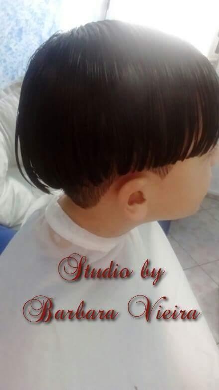 Corte infantil surfista cabelo