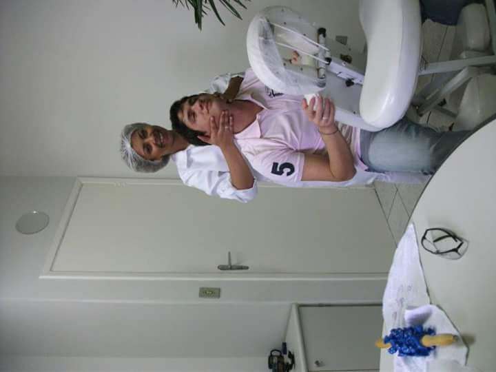 Está foto foi um evento  para conclusão de um dos estágios da curso, fizemos um trabalho em uma empresa com  quick massagem. estética