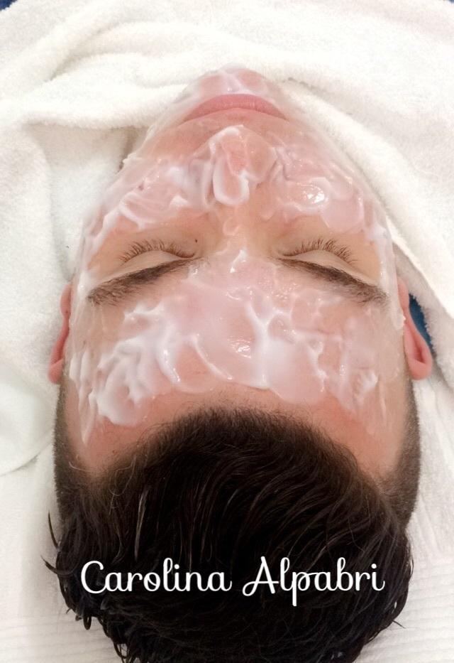 Limpeza de Pele - Produtos Valmari estética maquiador(a) esteticista designer de sobrancelhas