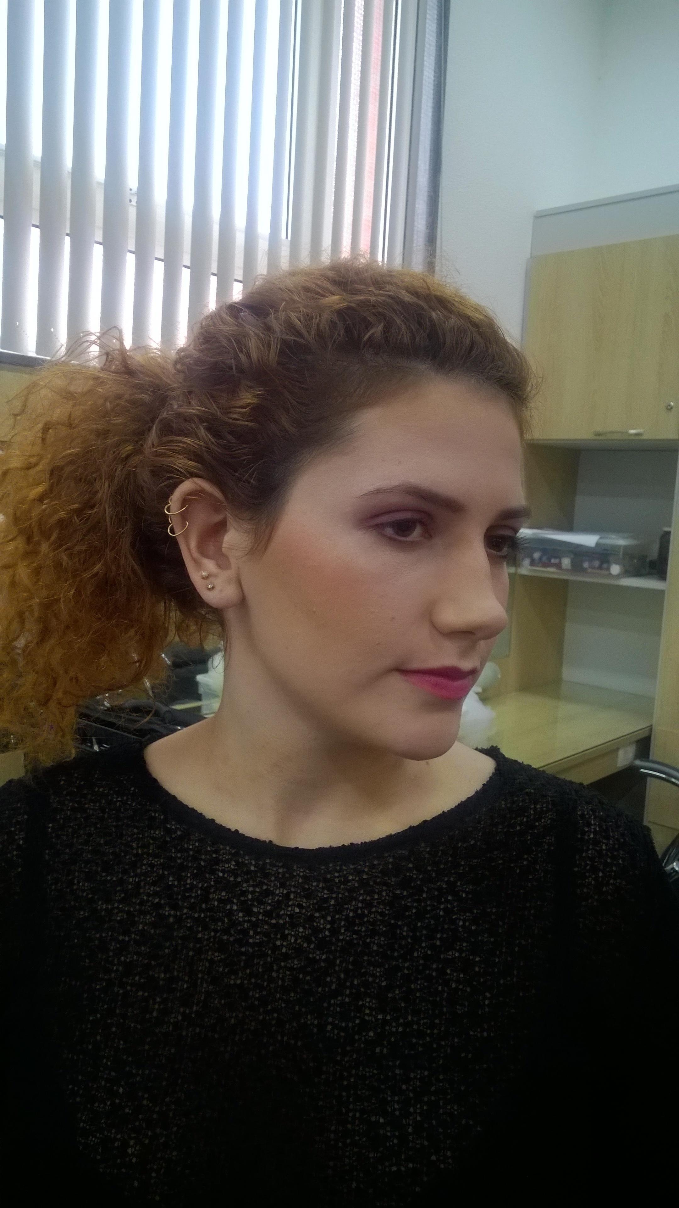 Harmonização de cores.. Detalhes nos contornos maquiagem maquiador(a)