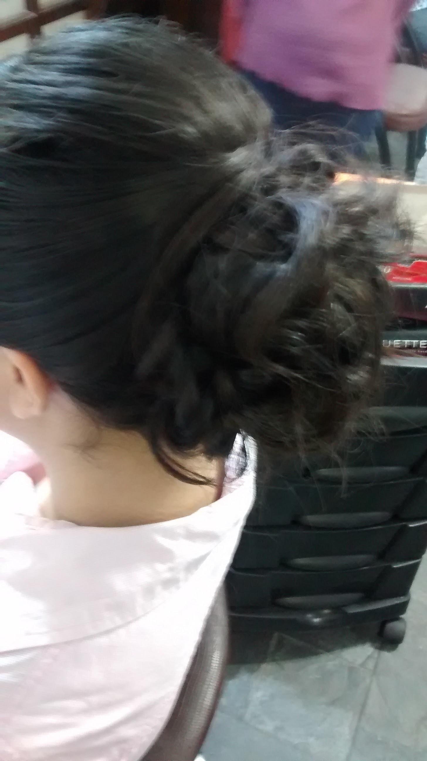cabelo auxiliar cabeleireiro(a) manicure e pedicure recepcionista