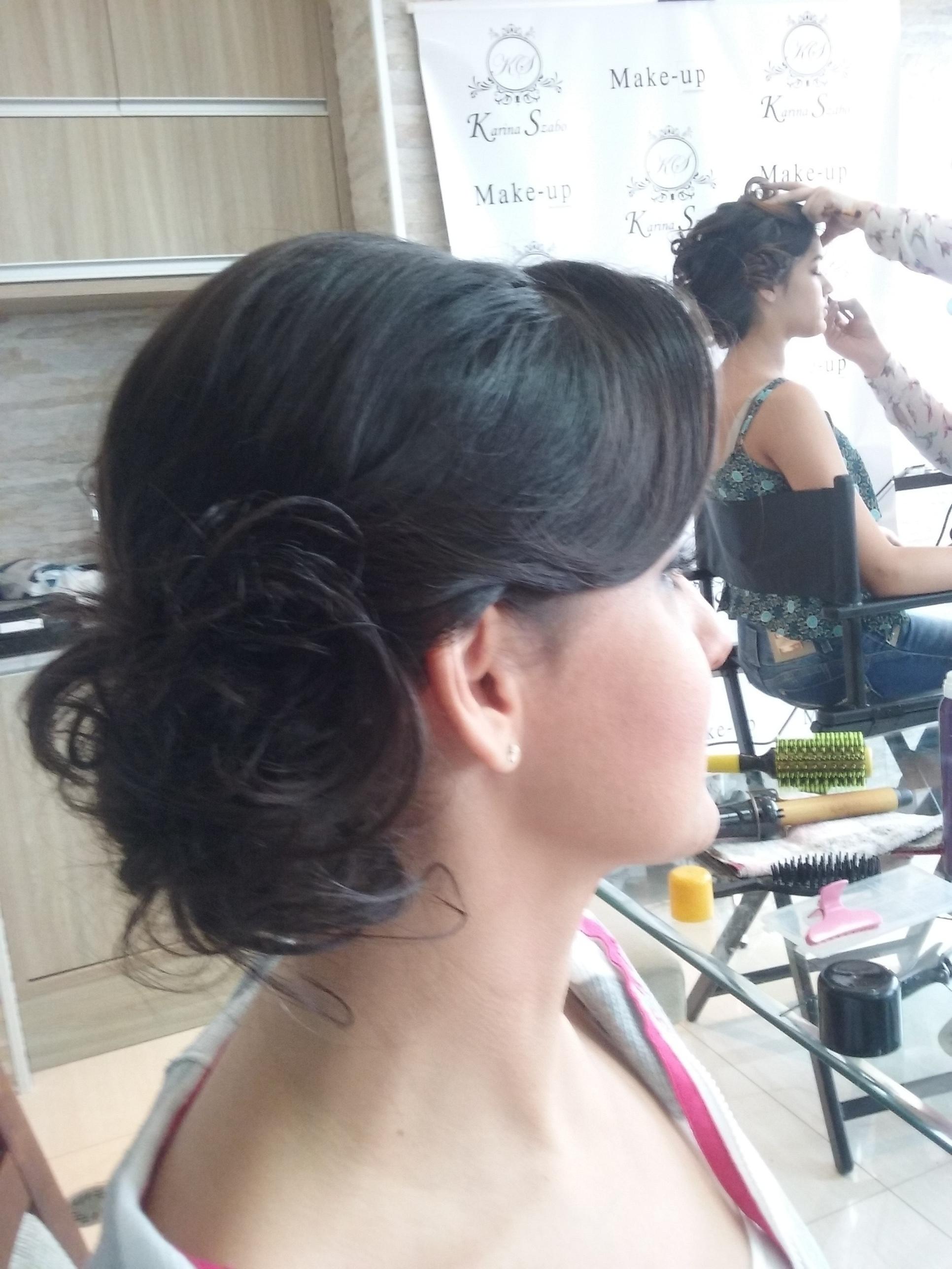 A mãe do noivo está linda! cabelo cabeleireiro(a) depilador(a) manicure e pedicure
