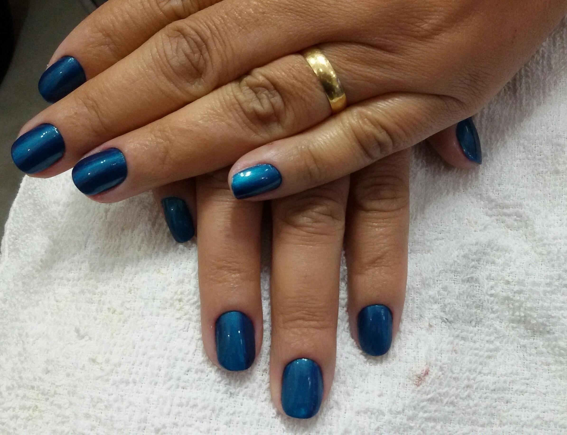 #unhas #amounhas #azul #nailsblue #nails #lovenails unha maquiador(a) esteticista manicure e pedicure designer de sobrancelhas