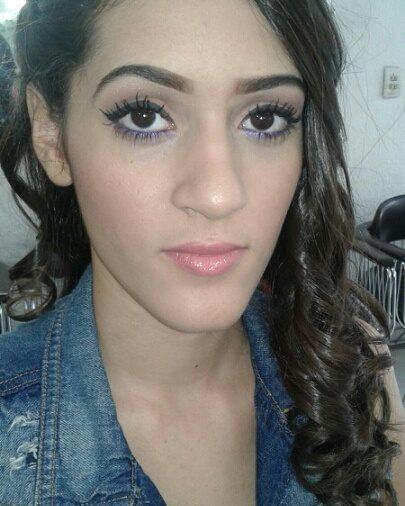 Maquiagem simples maquiagem maquiador(a) esteticista manicure e pedicure designer de sobrancelhas