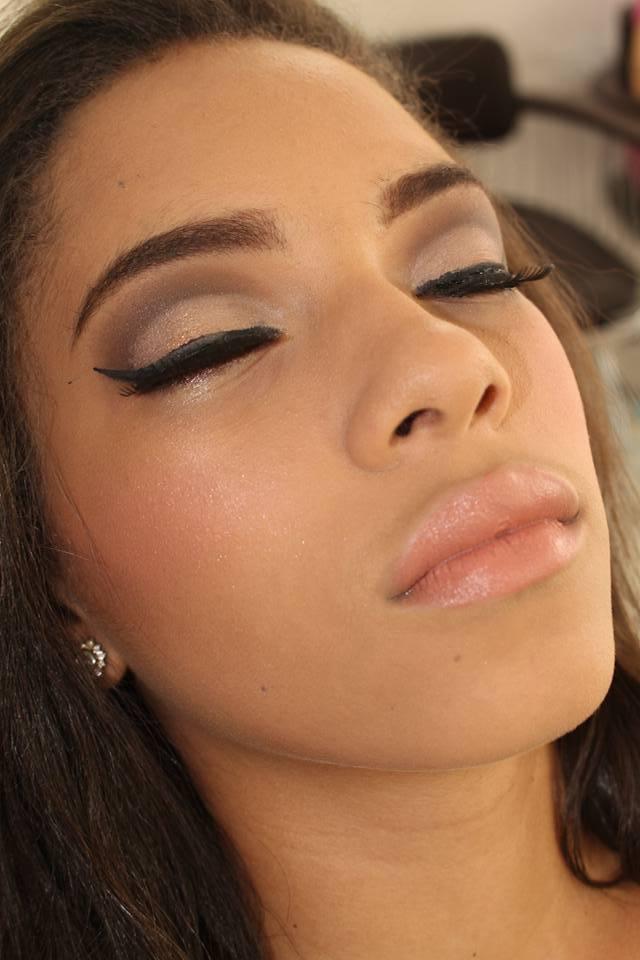 #maquiagem #lovemake #makeup #lovemakeup #amomaquiagem #make #makesimples maquiagem maquiador(a) esteticista manicure e pedicure designer de sobrancelhas