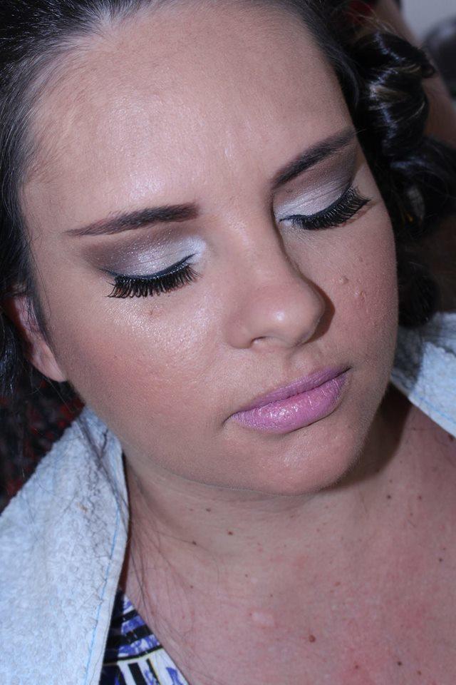 #makeup #maquiagemx #maquiagem #makeupBrasil #amomake #amomaquiagem #lovemake #lovemakeup #lovesomuchmakeup #love maquiagem maquiador(a) esteticista manicure e pedicure designer de sobrancelhas