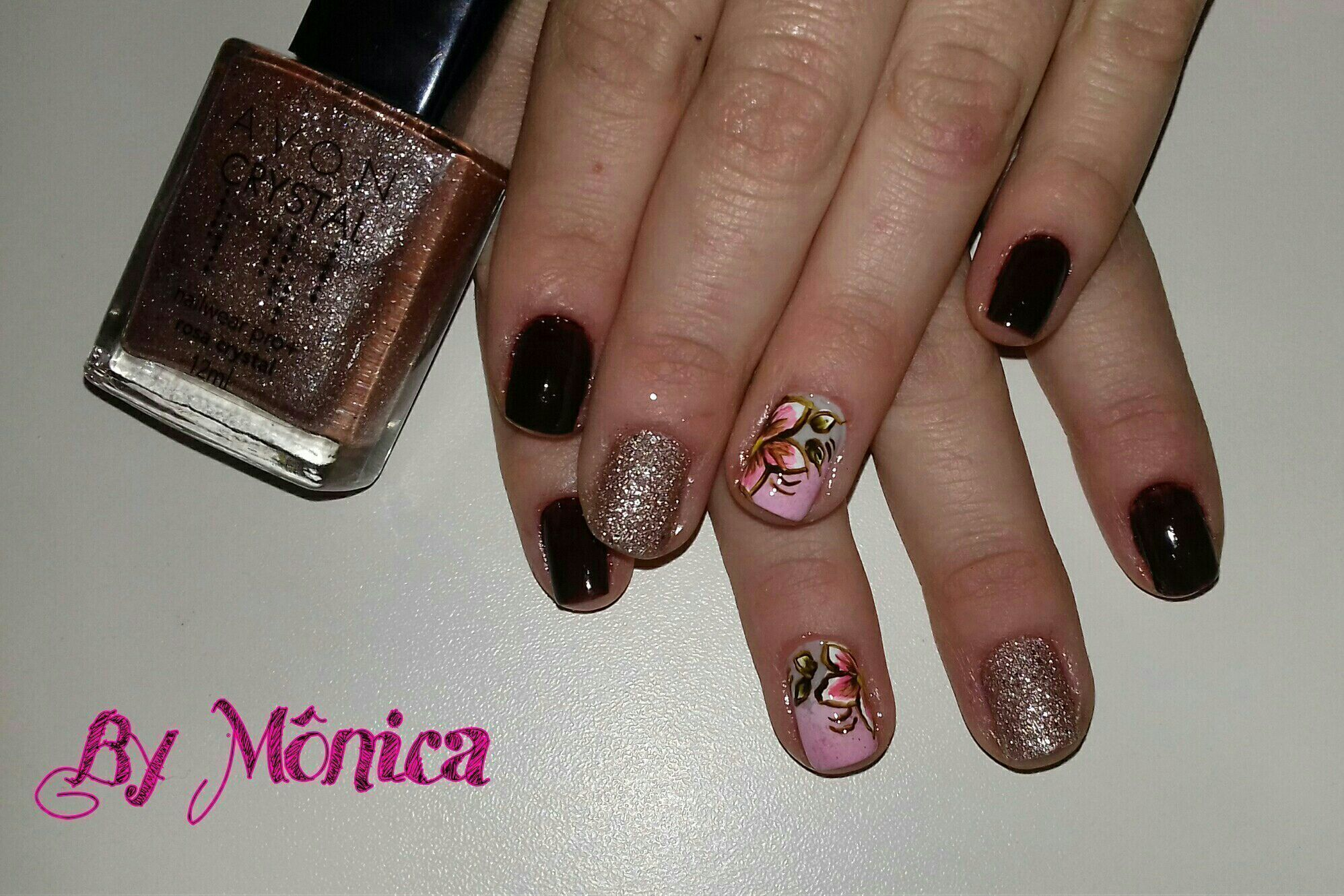 #unhasdecoradas #avoncrystal #desenhoartesanal unha manicure e pedicure manicure e pedicure