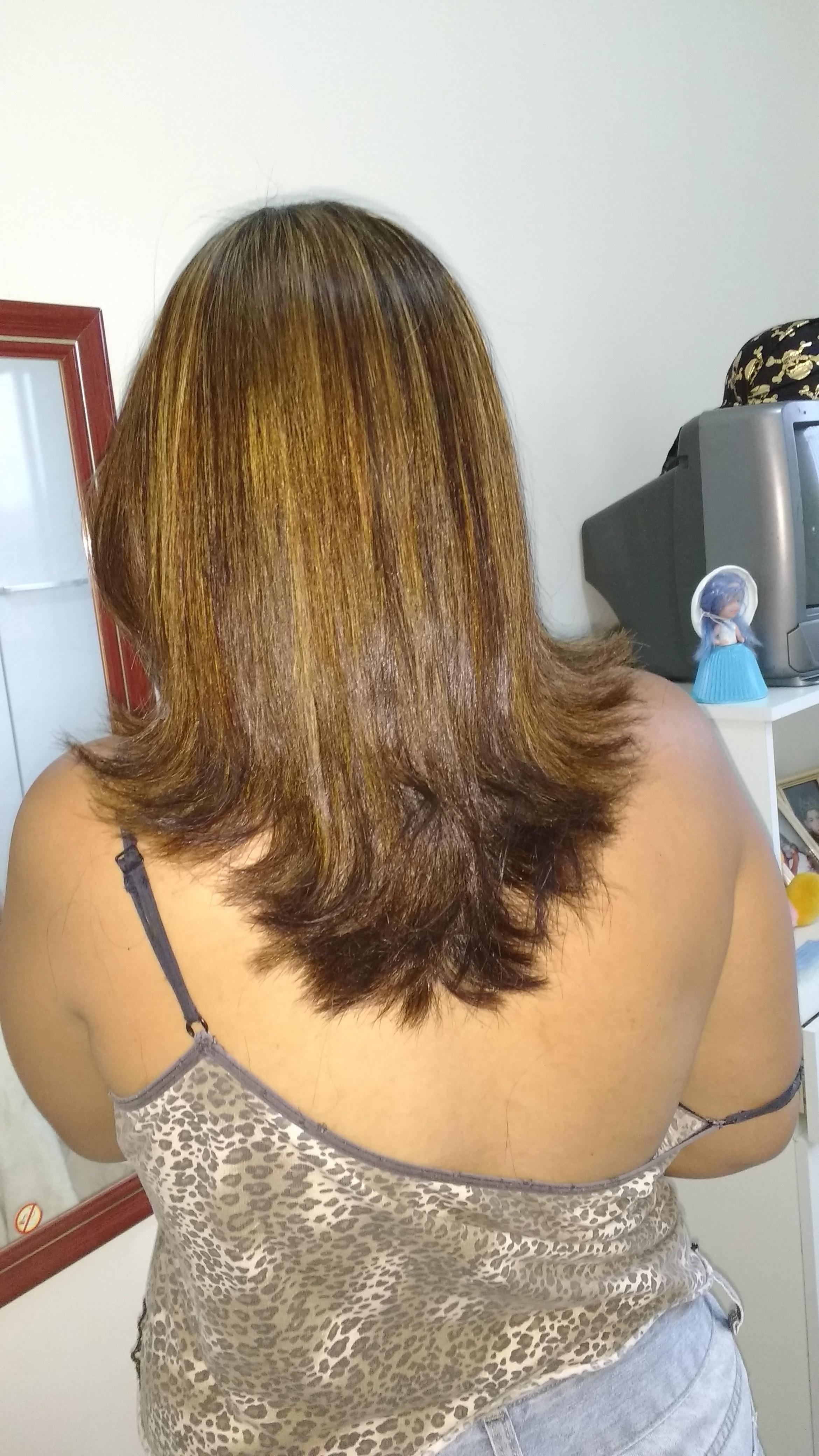 Corte e luzes.. cabelo
