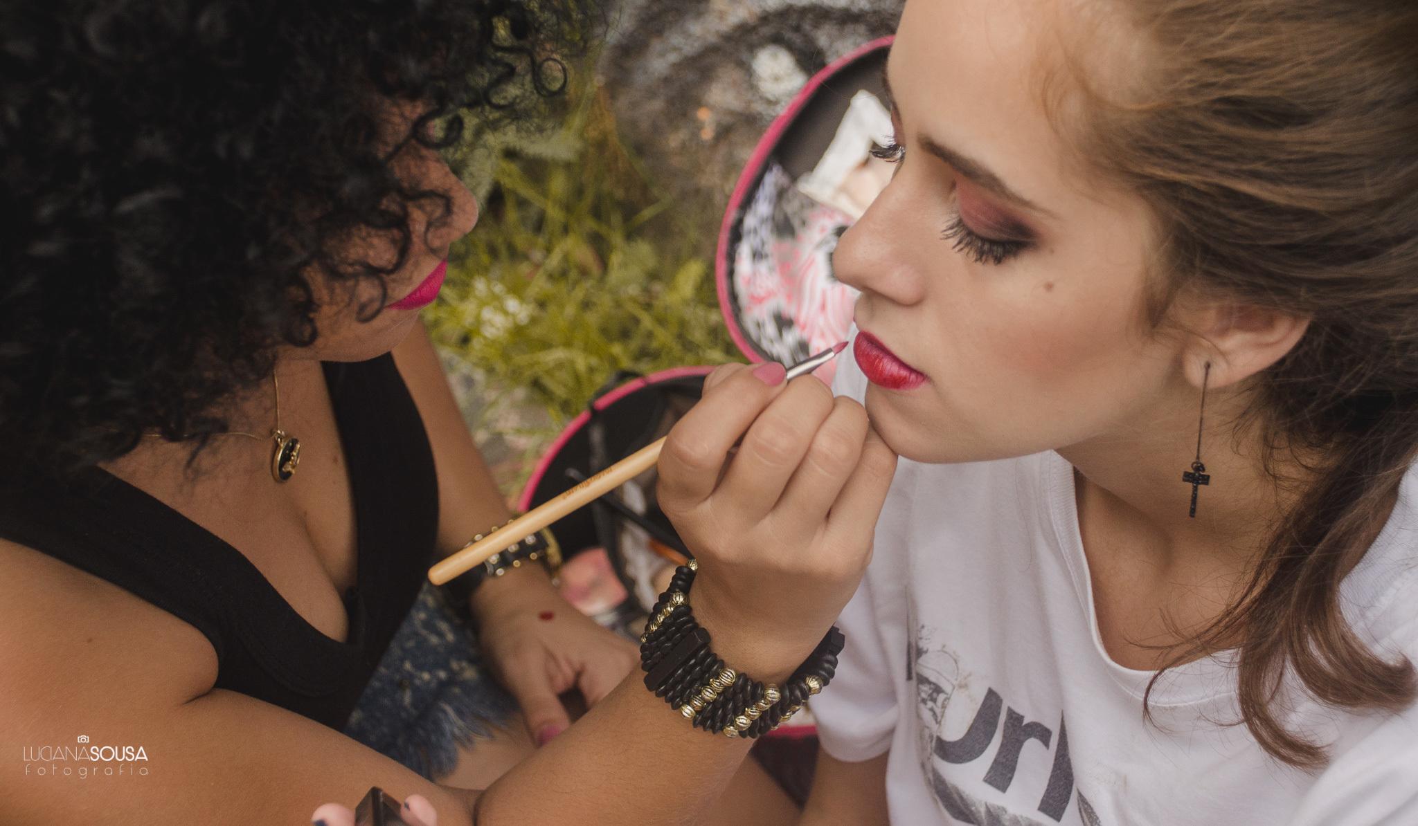 Maquiagem urbana, feita nas ruas de São Paulo #lovemakeup #makeupartist  maquiagem maquiador(a)