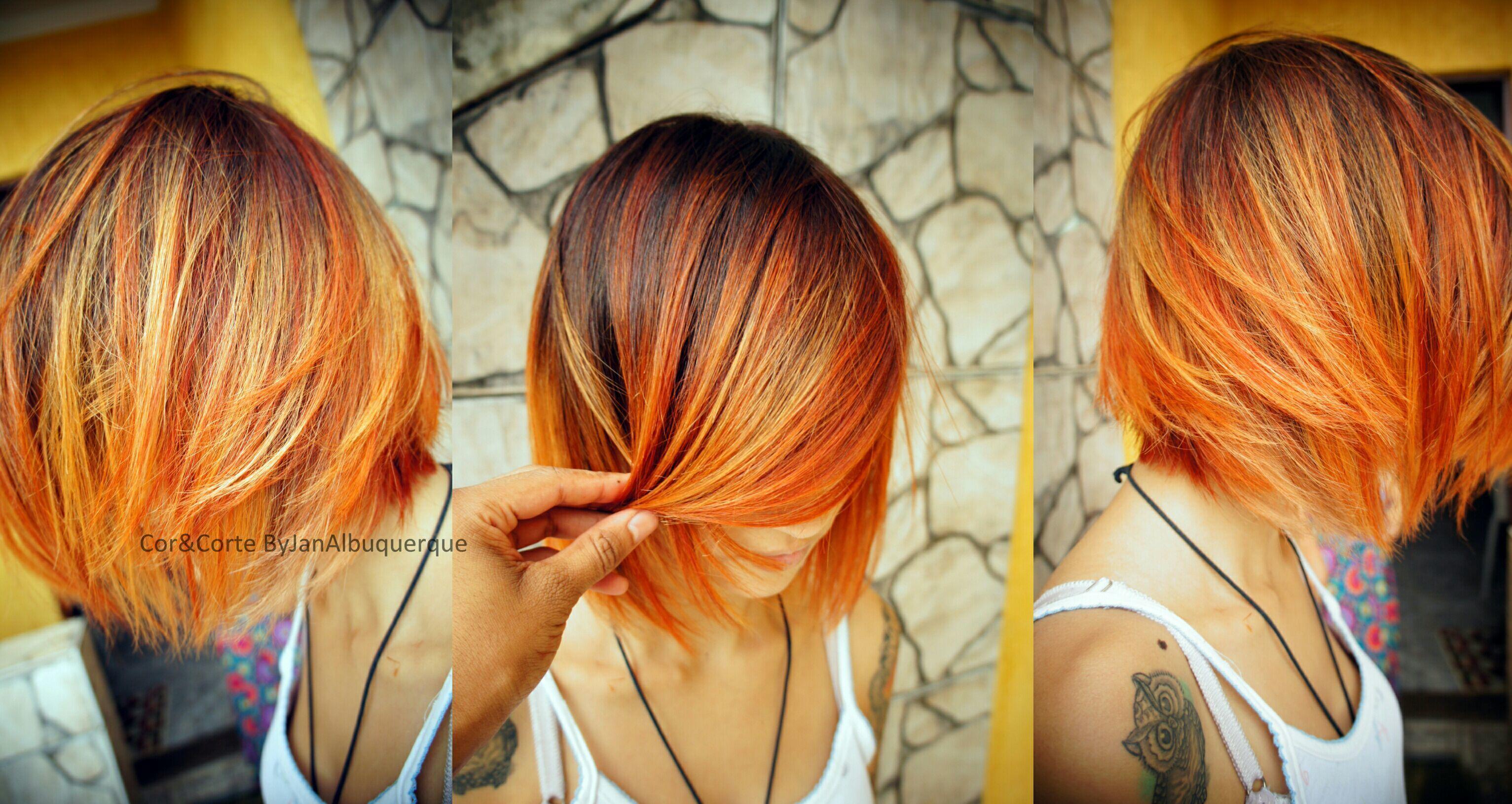Sombré Ruivo, fire fire. Descoloração livre em comprimento e pontas, coloração global na raiz no tom 5.62, mechas em 7.44 e 8.34 e Corte perfilado. #colorTecItaly #wellabondor cabelo cabeleireiro(a) cabeleireiro(a)