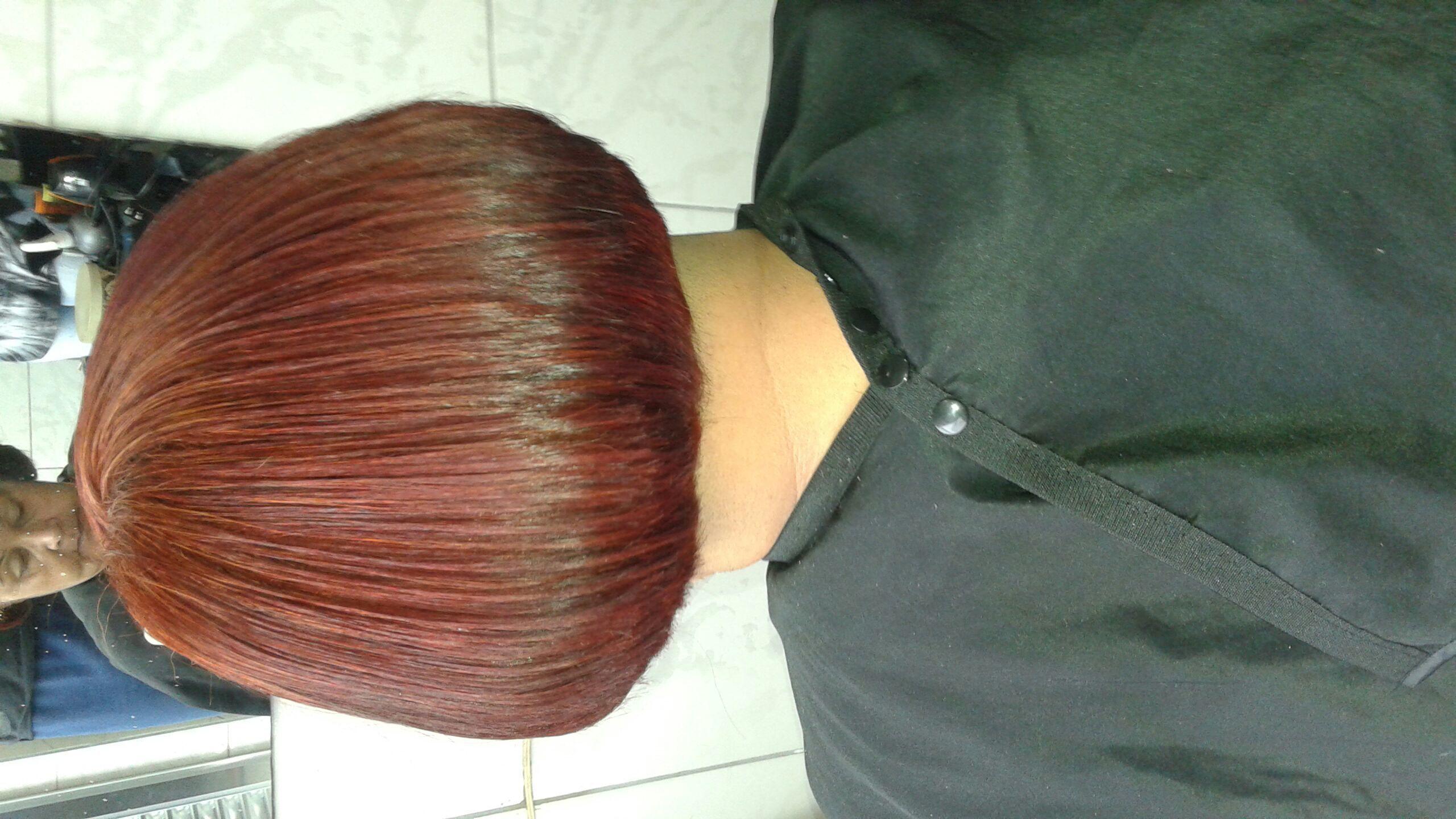 cabeleireiro(a) stylist / visagista auxiliar cabeleireiro(a)