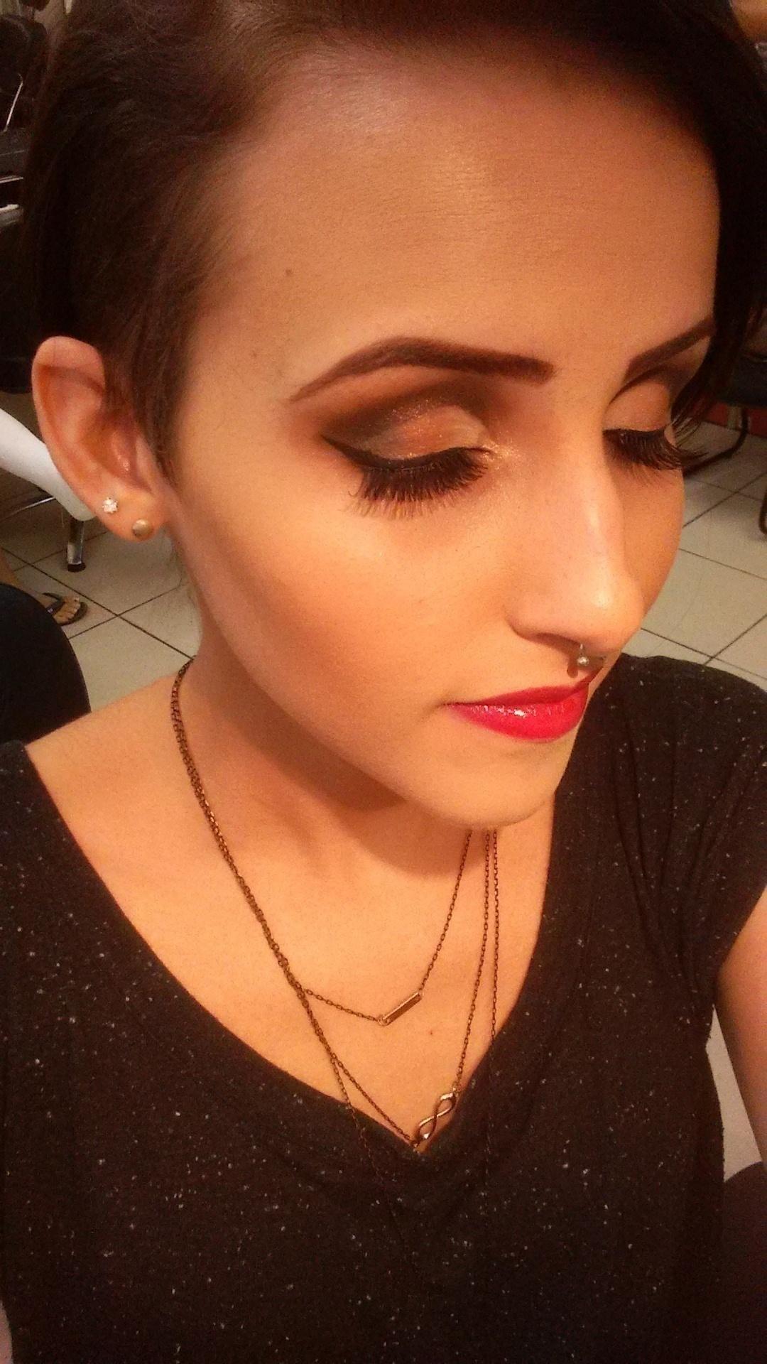 Tema da make cut crease   maquiagem maquiador(a)