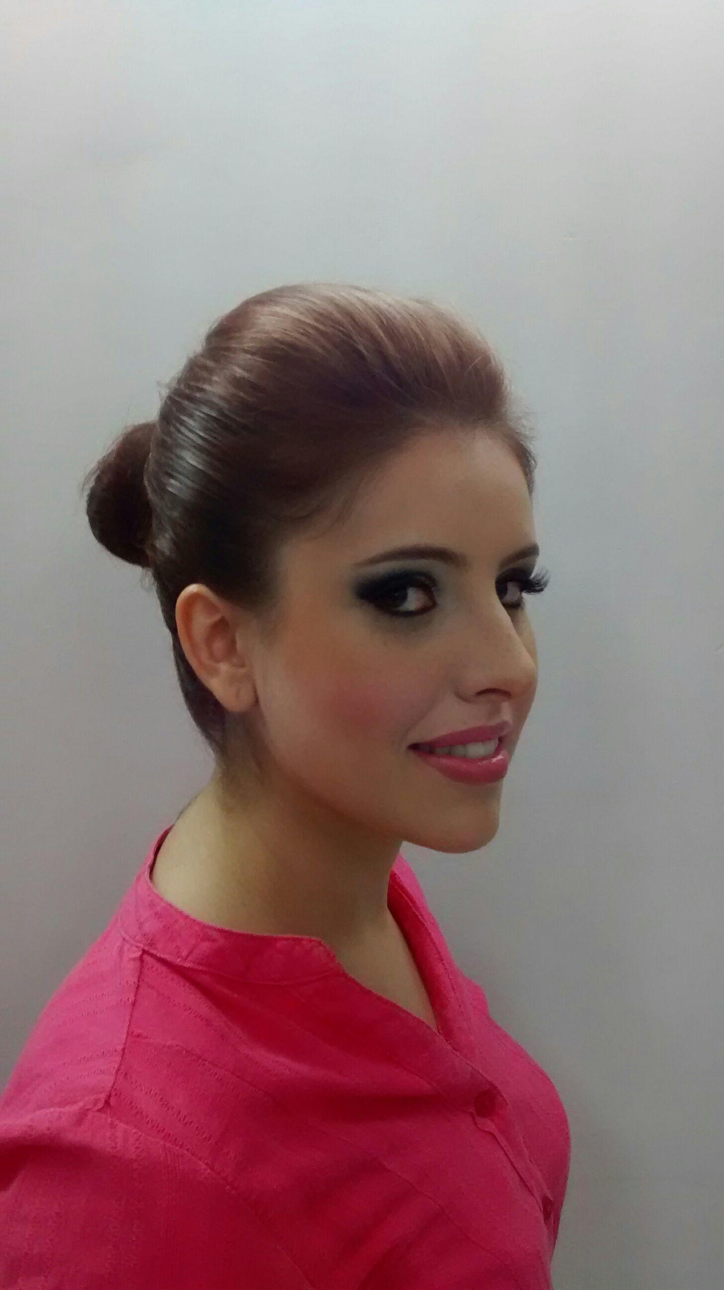 maquiagem cabeleireiro(a) maquiador(a) stylist / visagista gerente