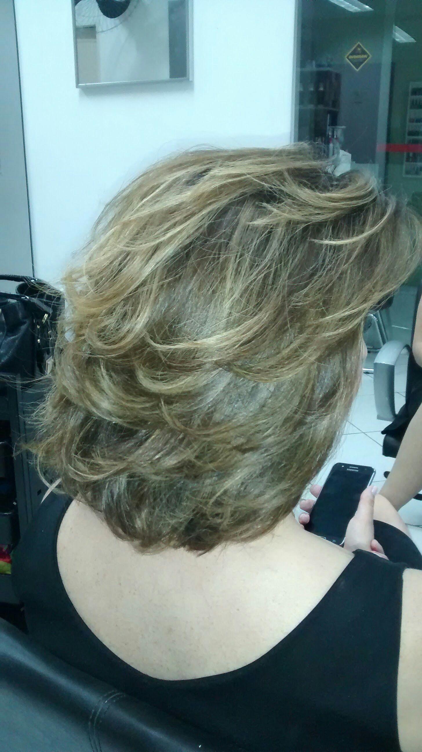 cabelo cabeleireiro(a) maquiador(a) stylist / visagista gerente