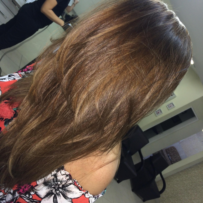 Morena iluminad by me. Segue no snap👻: dea80melo cabelo