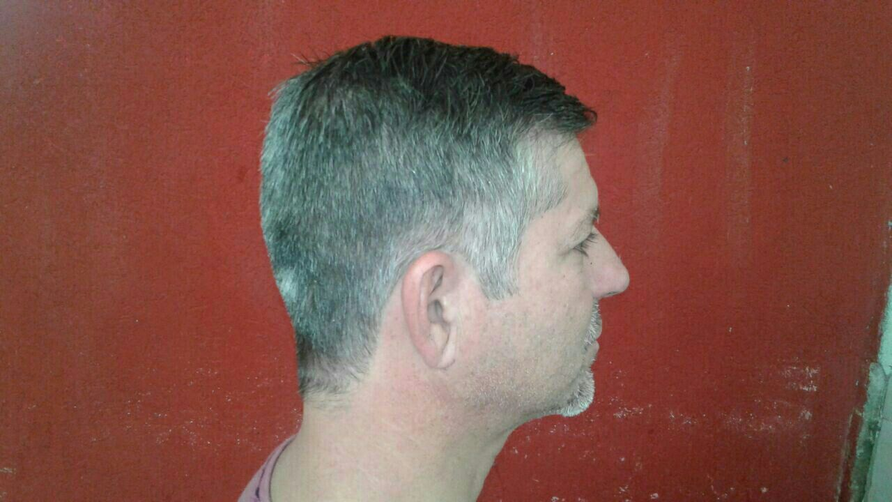 Corte social. cabelo barbeiro(a) cabeleireiro(a)