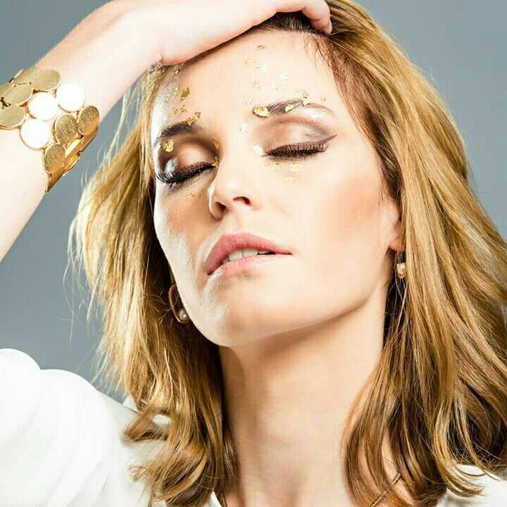 Make fashion #moda #dourado maquiagem maquiador(a) designer de sobrancelhas