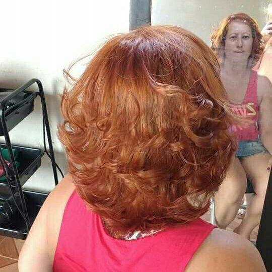 7.4 altamoda (Base loira) cabelo auxiliar cabeleireiro(a) vendedor(a) manicure e pedicure