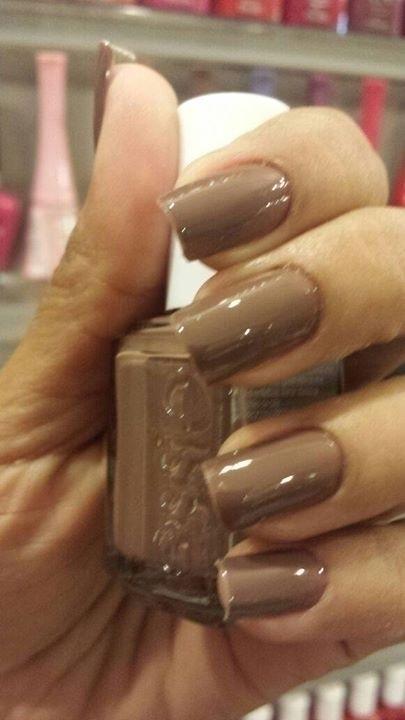unha esteticista manicure e pedicure