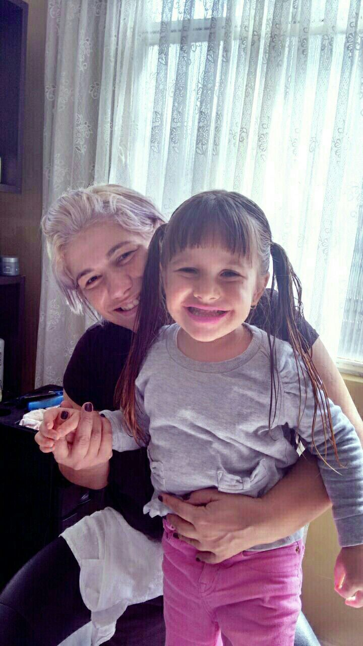 Corte de cabelo  infantil e penteado Mariana cabelo cabeleireiro(a) maquiador(a)