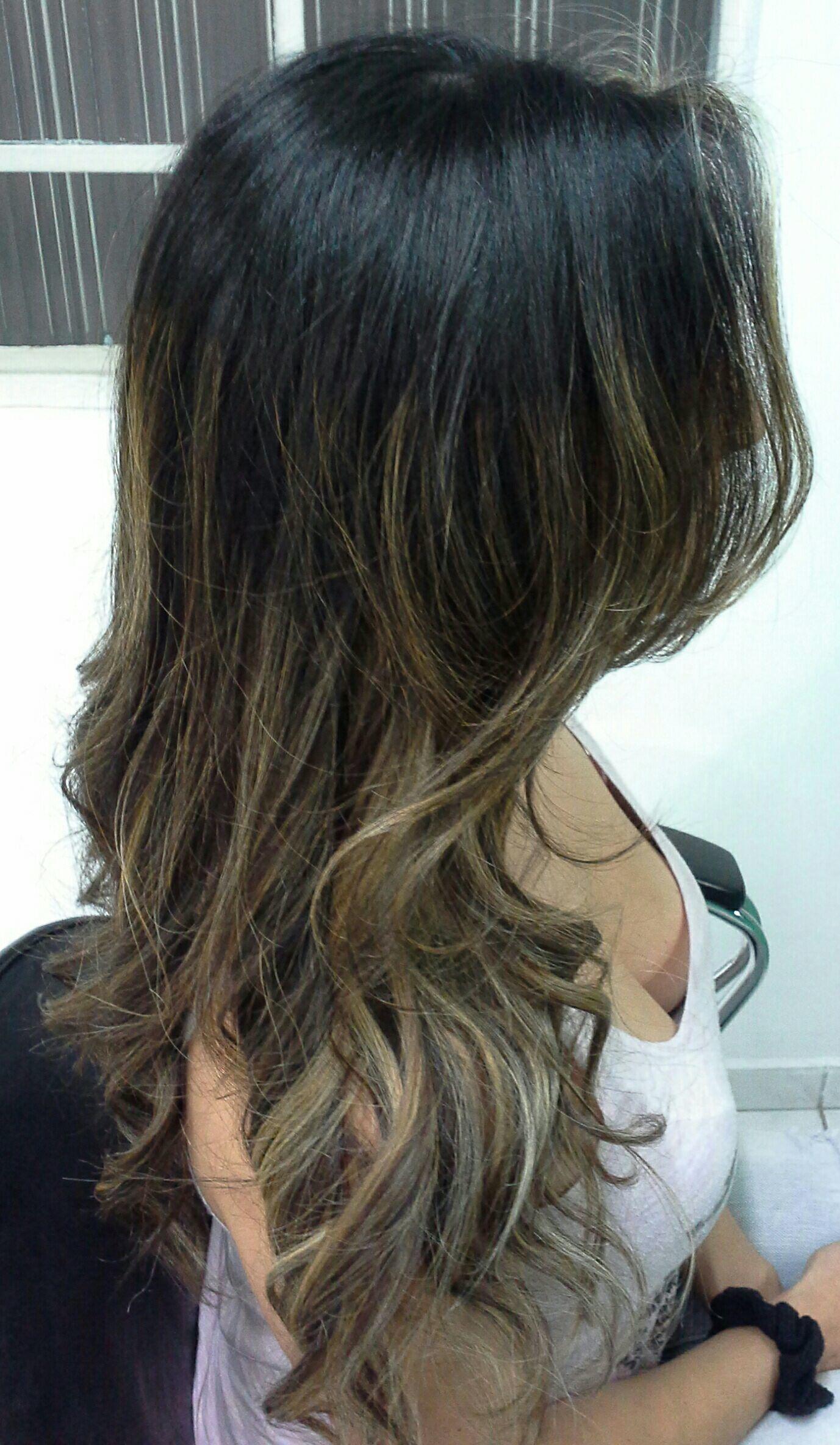 Ombre hair e corte degradê simétrico  Vera visagista , cabelereira cabelo stylist / visagista cabeleireiro(a)