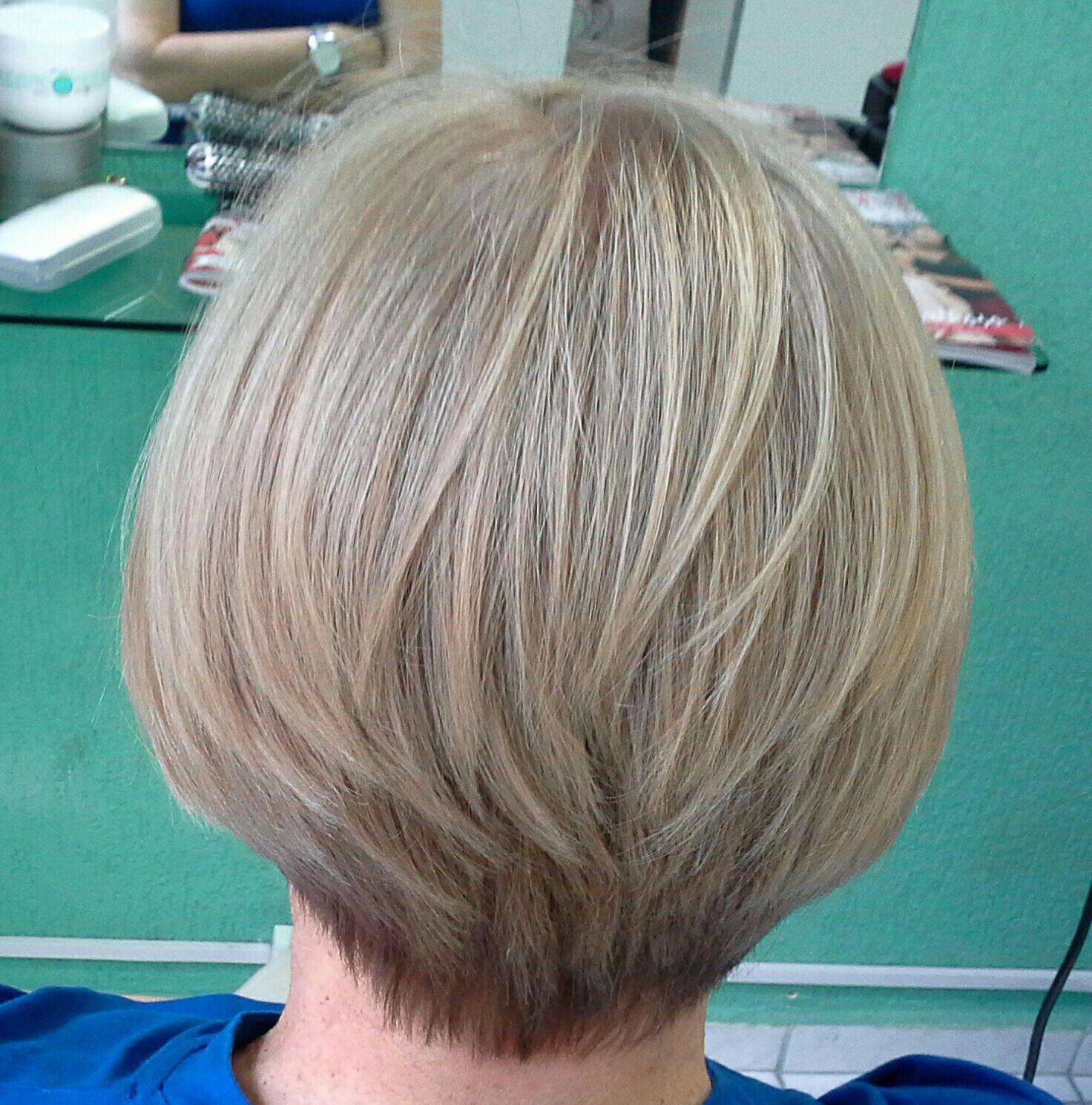 Corte  curto  Veravisagista, cabelereira  São Paulo cabelo stylist / visagista cabeleireiro(a)
