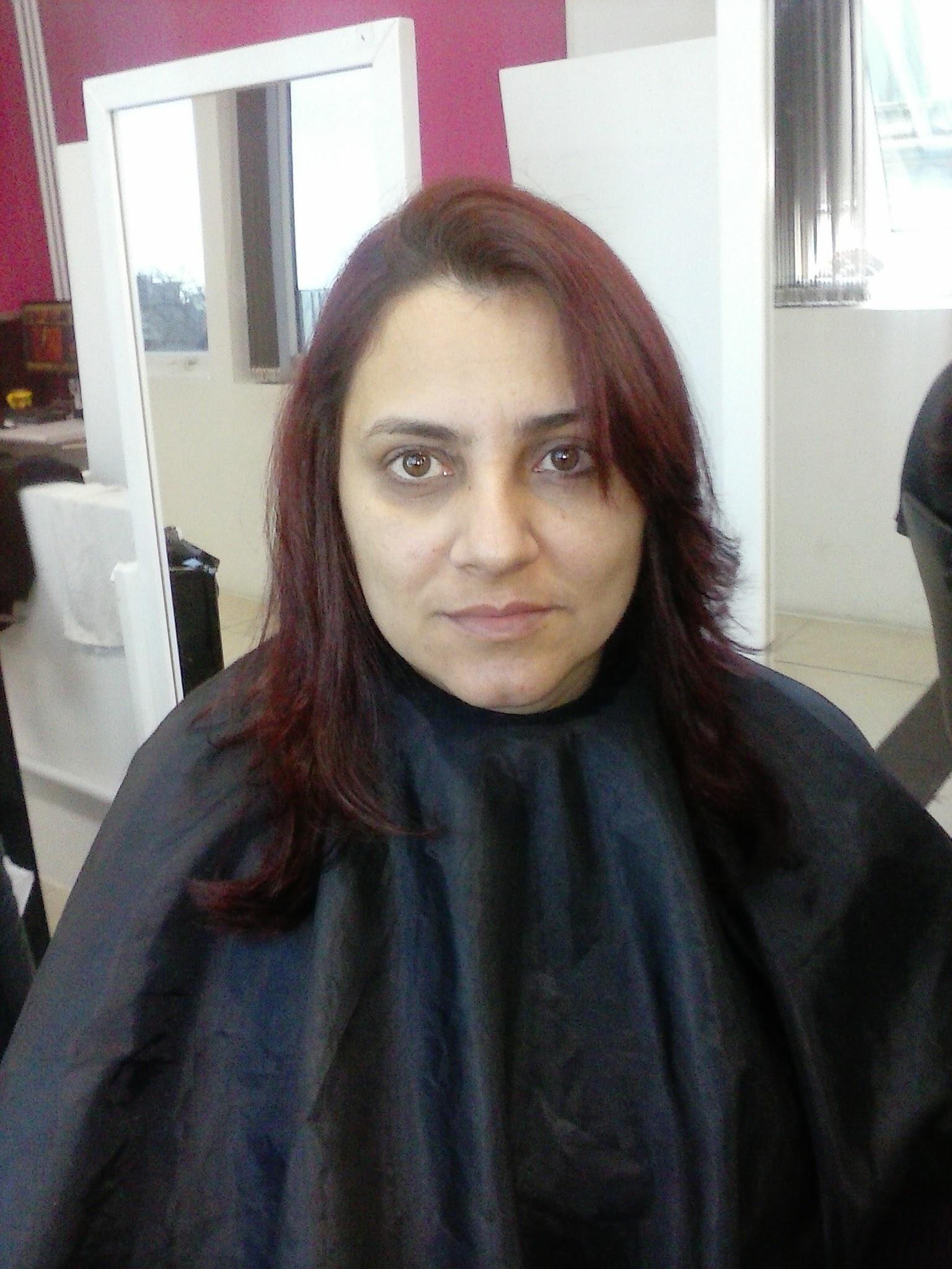 corte em camadas franja e degrade cabelo cabeleireiro(a) recepcionista revendedor(a)