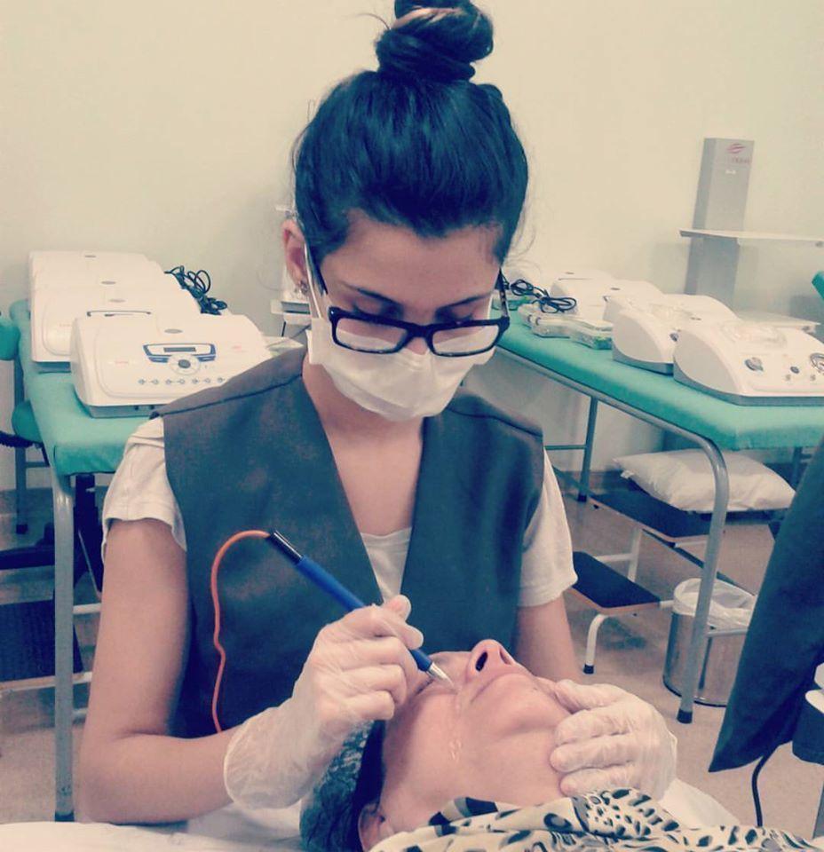 #eletrolifting estética recepcionista esteticista maquiador(a) designer de sobrancelhas