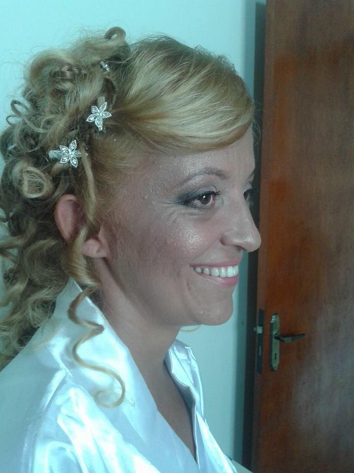 dia da noiva maquiagem designer de sobrancelhas maquiador(a) cabeleireiro(a) consultor(a) depilador(a) empresário(a) / dono de negócio