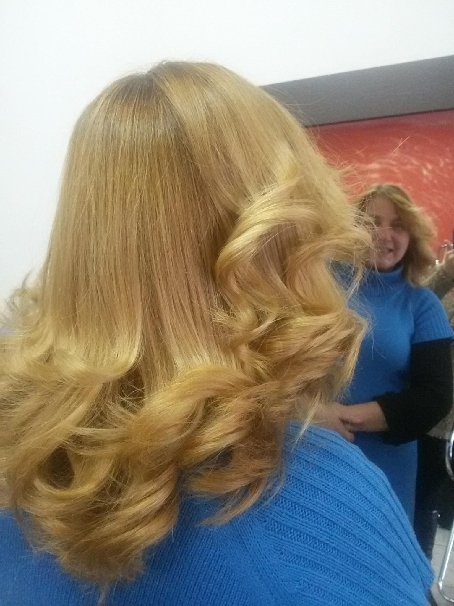 Escova modelada com bbqueen cabelo cabeleireiro(a)