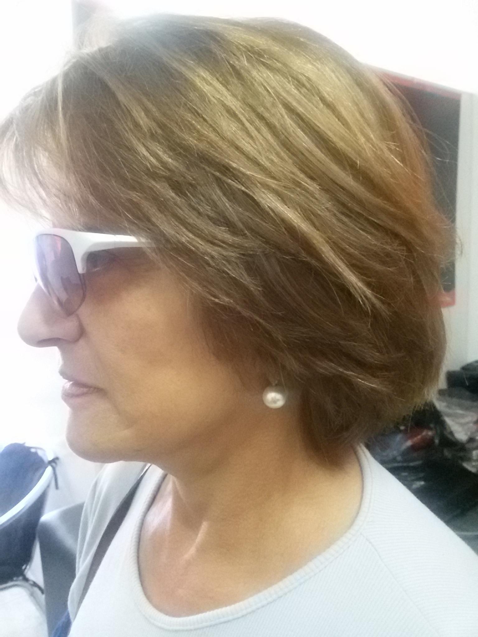 Corte desfiado laterais com caimento francesinha cabelo cabeleireiro(a)