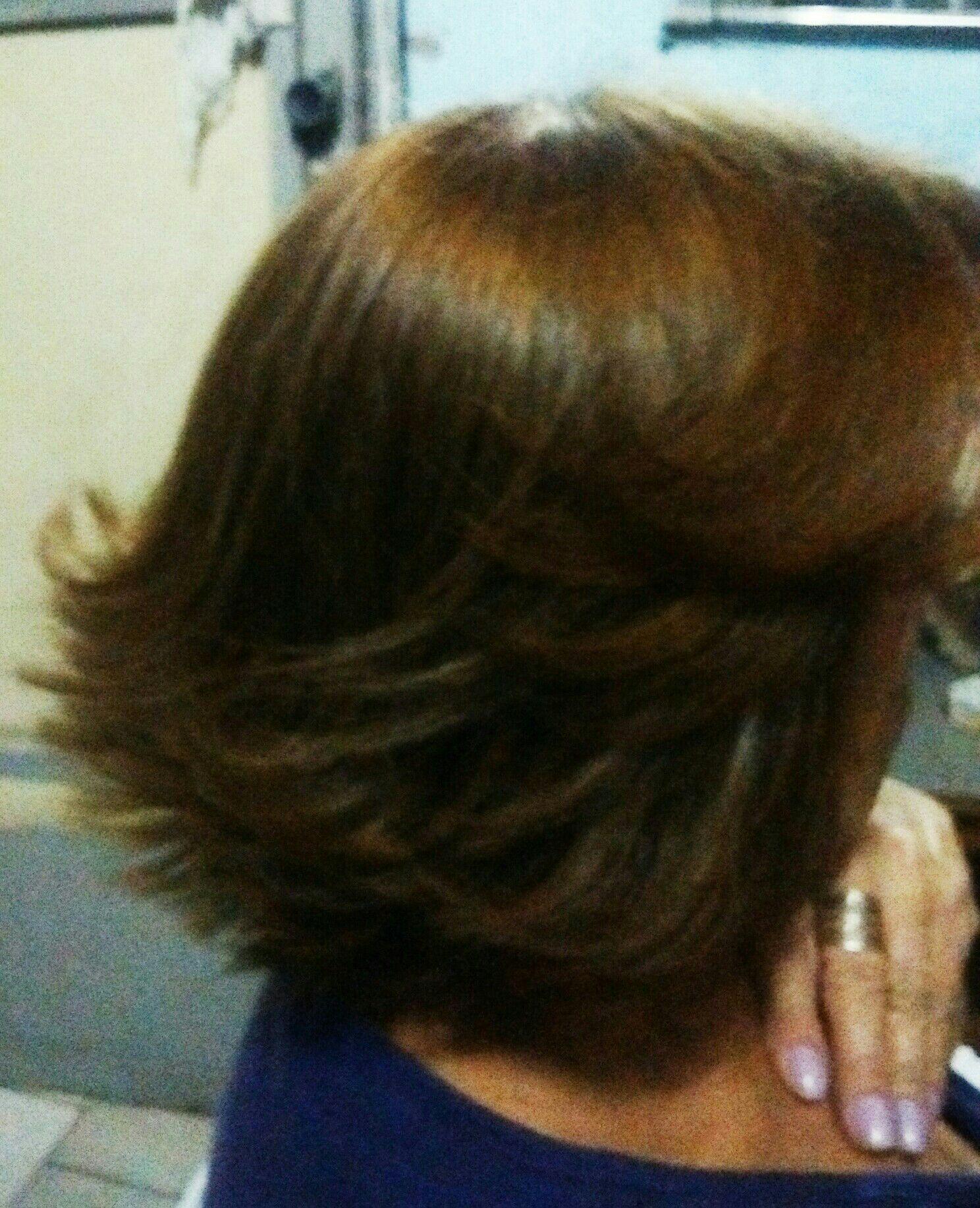 Coloração, corte e escova cabelo cabeleireiro(a)