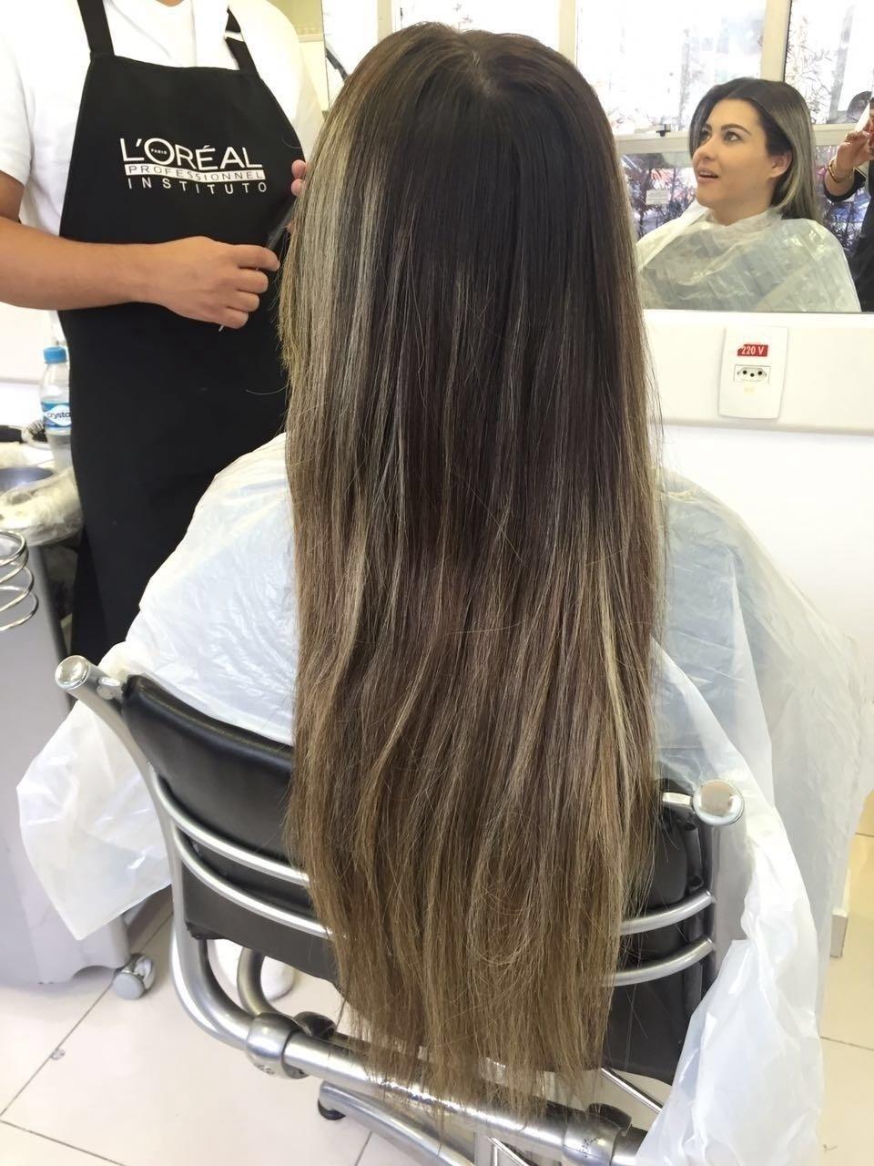Retoque (antes)  cabelo cabeleireiro(a) auxiliar cabeleireiro(a)