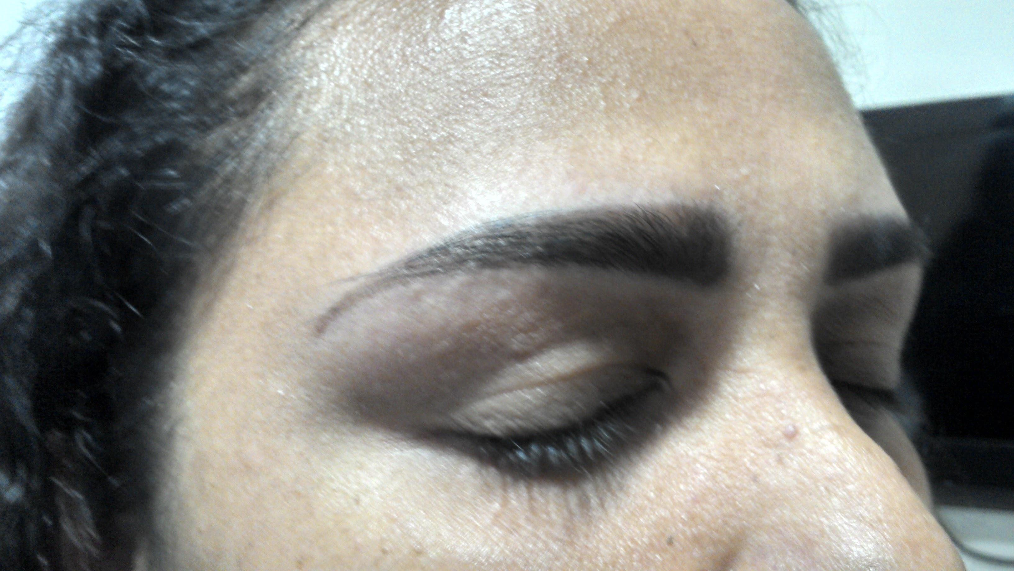 Design com henna micropigmentador(a) designer de sobrancelhas esteticista