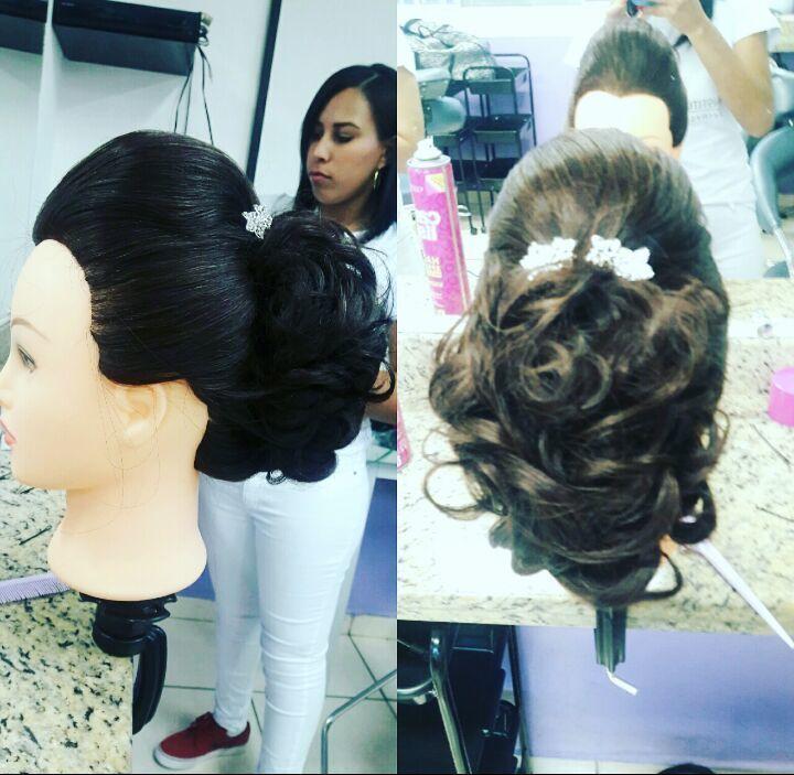 Coque grego cabelo auxiliar cabeleireiro(a)