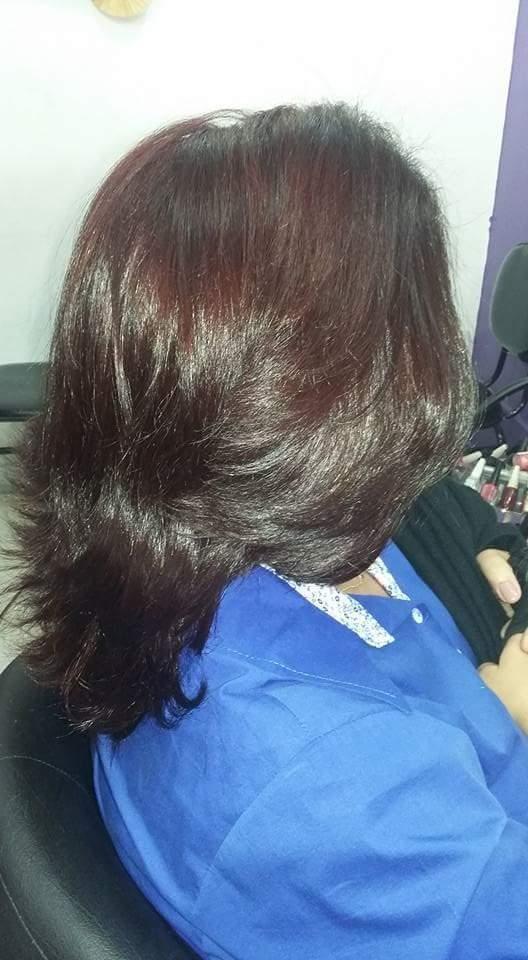 Coloracao e escova cabelo esteticista cabeleireiro(a) consultor(a) maquiador(a)