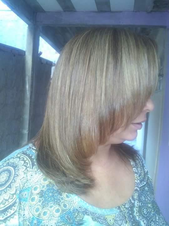 Luzes , coloracao e corte  cabelo esteticista cabeleireiro(a) consultor(a) maquiador(a)